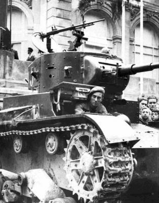 Sí, sí, sí. Tanques rusos en Madrid.